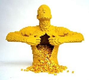 Incredible-LEGO-Art-by-Nathan-Sawaya-Yellow