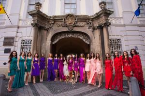 "fashion show ""La femme d'antan"" -Feeric Fashion Days-Sibiu-Muzeul National Brukenthal"