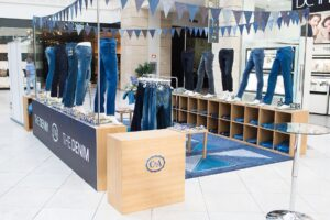 C&A THE DENIM stand (3)