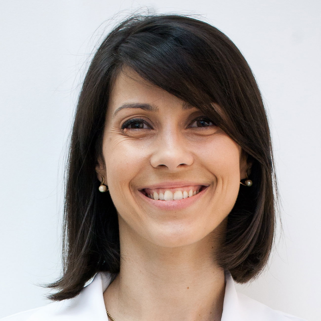 Dr. Ionela Anghelescu